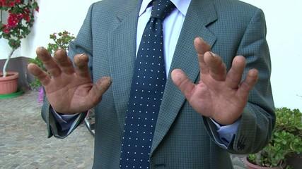 mani da lovoratore