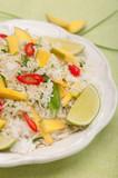Ryż smażony z mango, groszkiem i chili poster