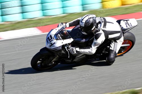 fototapeta na ścianę motocykl na torze