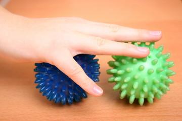 Ergotherapie mit Bällen