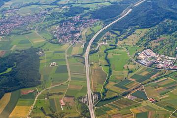 Luftaufnahme - Aichelberg, A8, schwäbische Alb
