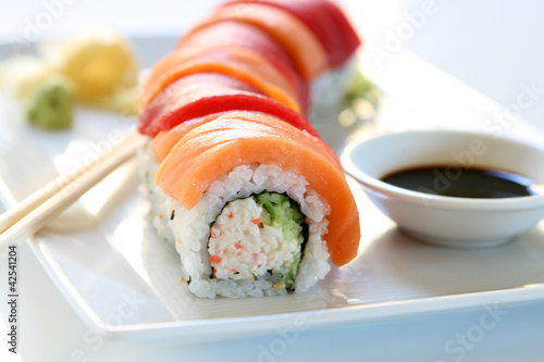 Sushi - Rainbow Roll