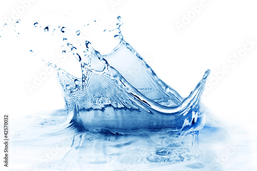 Fresh water splash - 42570032