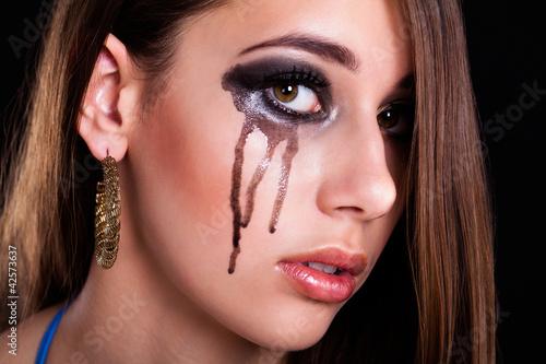 weinende junge Frau