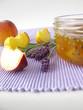 Pfirsichkonfitüre mit Lavendel