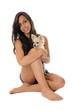 chiot chihuahua et jeune femme
