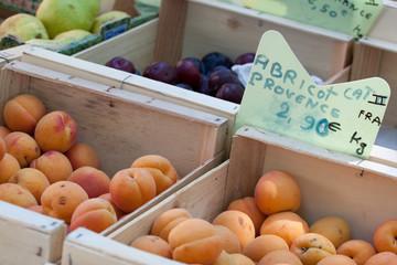 Abricot et prune