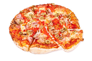 Excellent pizza with mozzarella, ham, pork, pickled peppers, oli