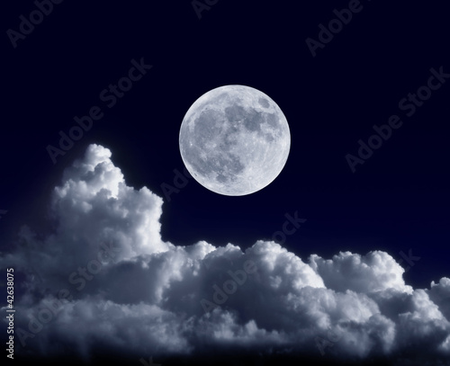 Fotobehang Nacht Full moon at its perigee during the supermoon of May 5, 2012