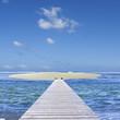 ponton sur île de sable
