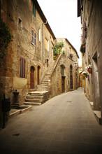 typisch Italiaanse smalle straat