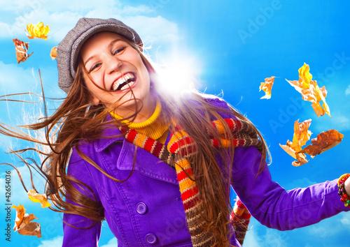 canvas print picture Portrait eines hüpschen Mädchens im Herbst / active autumn 10