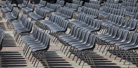 file di sedie