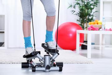 legs on stepper trainer