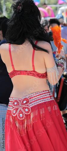 donna vestita da odalisca