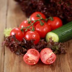 Zutaten für frischen Salat