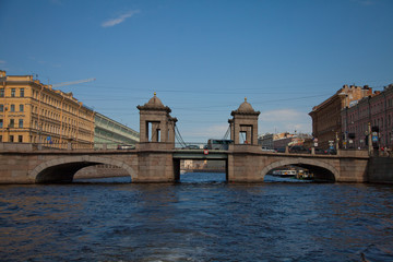 Lomonossow-Brücke überspannt den Fontanka in St. Petersburg