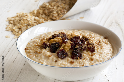 Porridge with Walnuts and Raisings