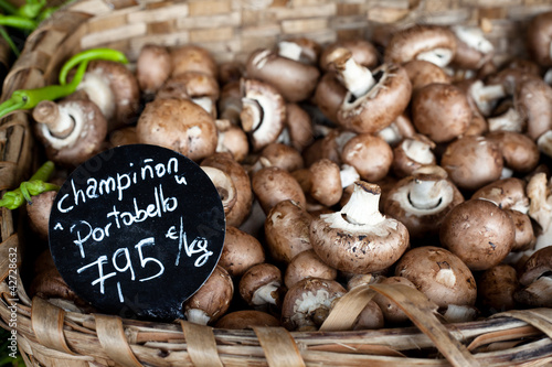 Portobello mushrooms with price tag in euros