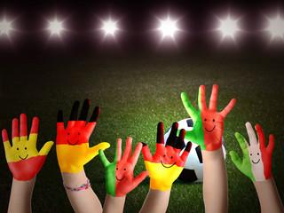 Halbfinale jubelnde Hände