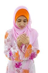 malay muslim girl praying