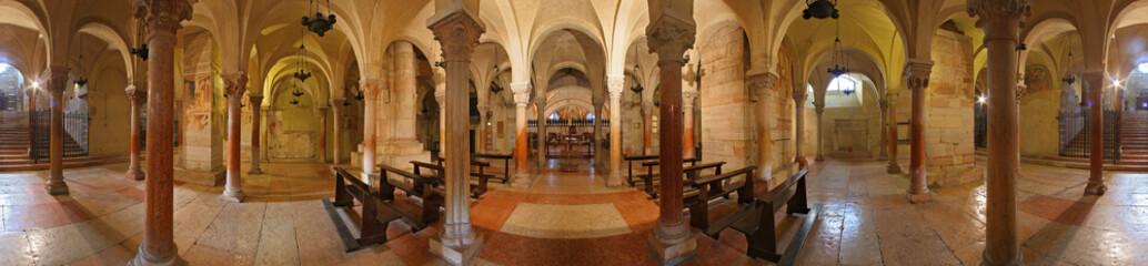 Verona, San Zeno, la cripta