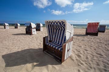 Strandkoerbe an der Ostsee