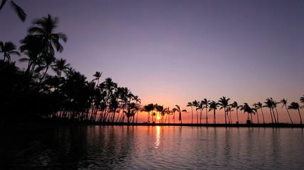 ハワイ島のワイコロアリゾートの夕陽