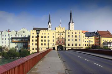 Wasserburg am Inn, Brucktor und Innbrücke