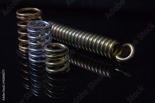 Metal springs - 42868277