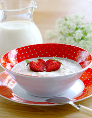 Porridge with berries strawberry