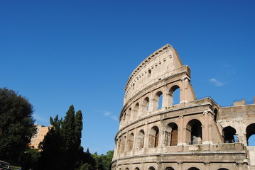 Vista parcial del Coliseo. Roma