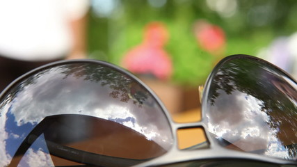 Отражение в солнечных очках
