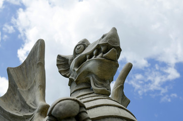 Скульптура Дракон - элемент ландшафтного дизайна парков