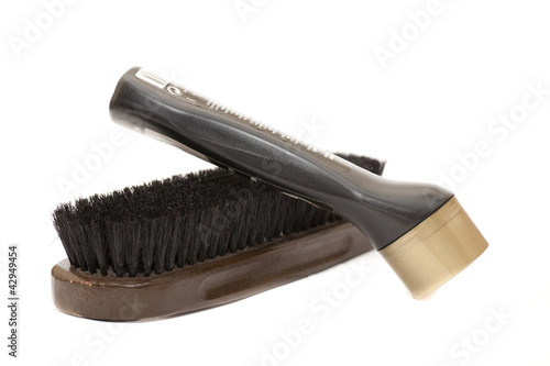 brush and cream black