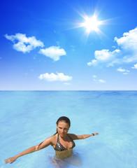 sexy Frau im Wasser