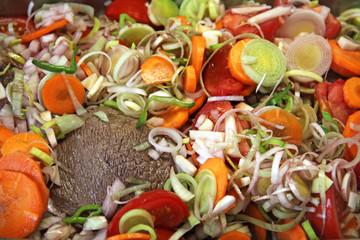 Braten mit Gemüse