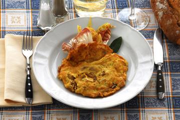 鸡蛋与菊苣和烟肉