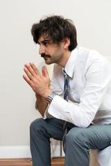 Sorgenvoller Mann