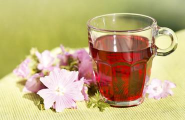 Malventee, mallow tea