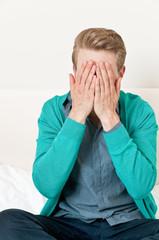 Verzweifelter Mann, Verzweiflung, Versagen, Scheitern