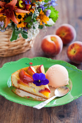Peach pie with ice cream