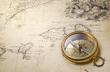 Fototapety old compass and rope on vintage map 1732