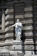 Rom Figur vor dem Justizpalast