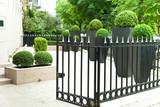 Fototapety nobler Garten einer Wohnung in Paris
