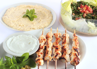 Shish taouk - Chicken shish kebab on white platter