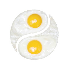 Fried eggs in the form of yin and yang on