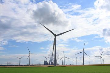 Traditionelle und erneuerbare Energie