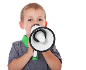 Kleiner Junge mit Megaphon