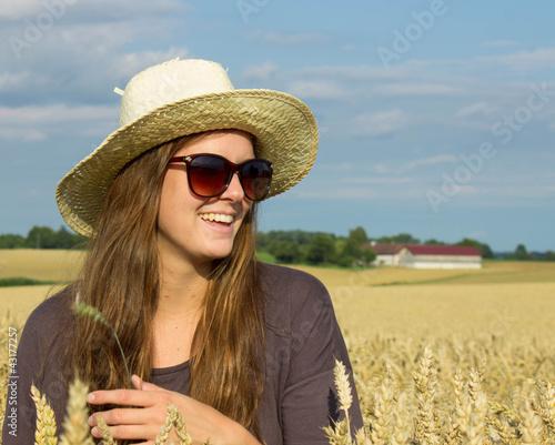 Getreide unf Mädchen